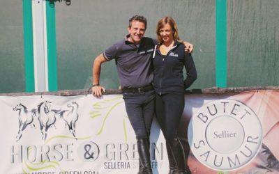 ⏸ Meritata pausa durante il lavoro in campo con Nora Kuznik e gli amici di Selle…